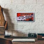 Placa de Carro Decorativa - Alto Relevo - Detroit - Michigan