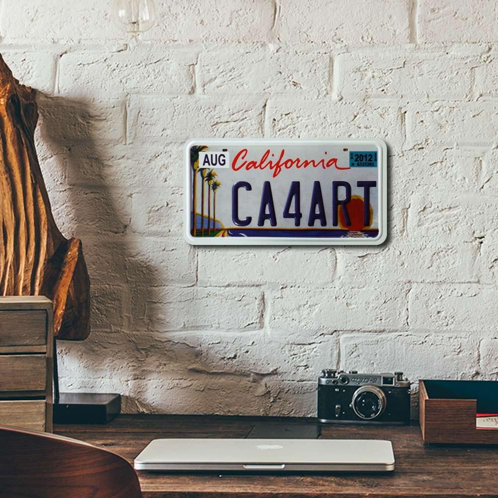 Placa de Carro Decorativa - Em Alto Relevo - Estado de Califórnia - Estados Unidos - 31x16 cm