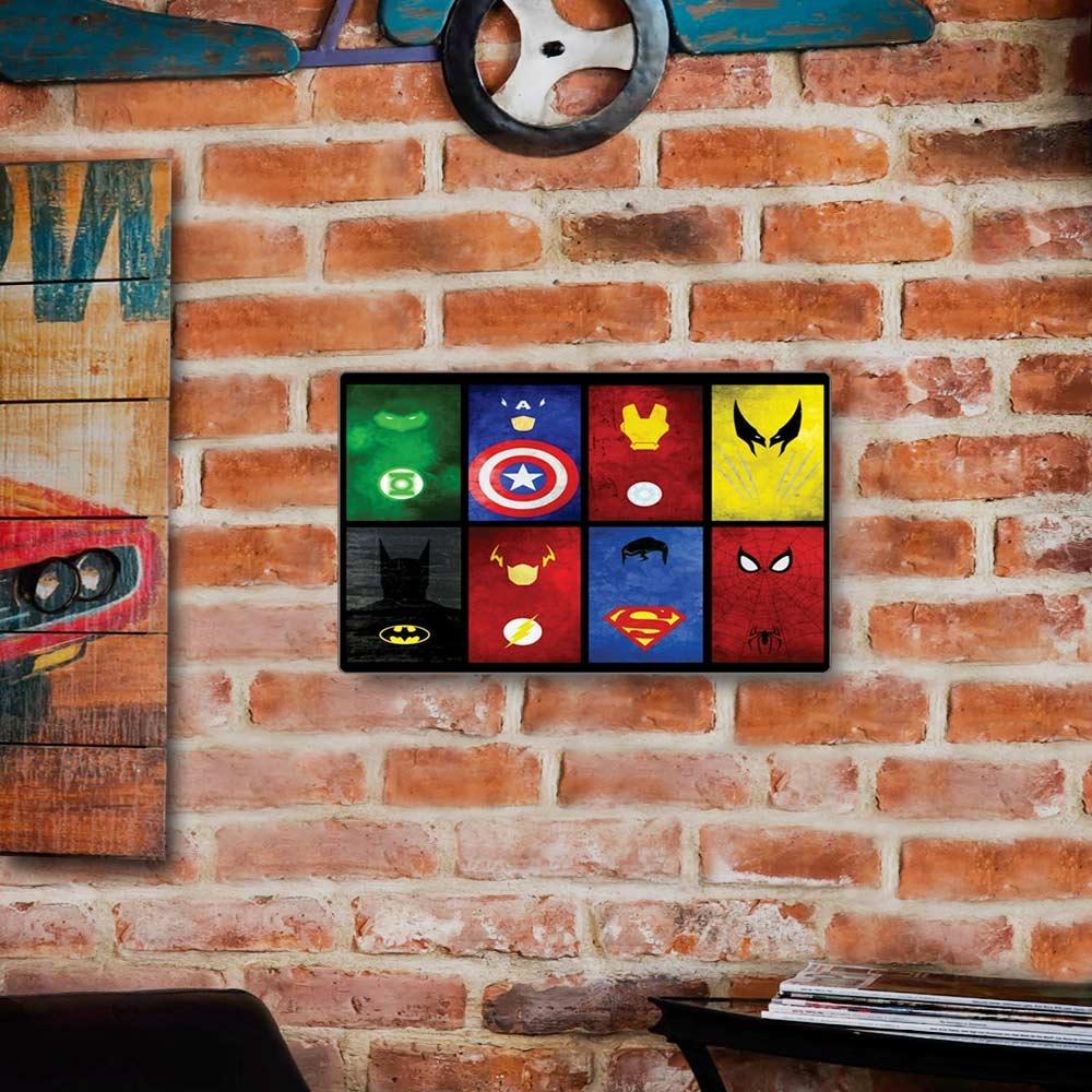 Placa Decorativa Heróis Colorido Grande em Metal - 40x30 cm