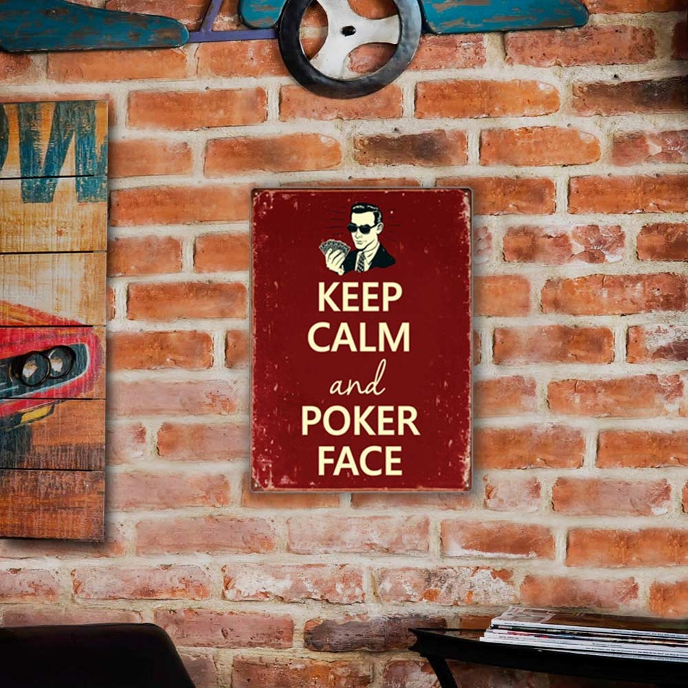 Placa Decorativa Keep Calm And Poker Face Vermelho Grande em Metal - 40x30 cm