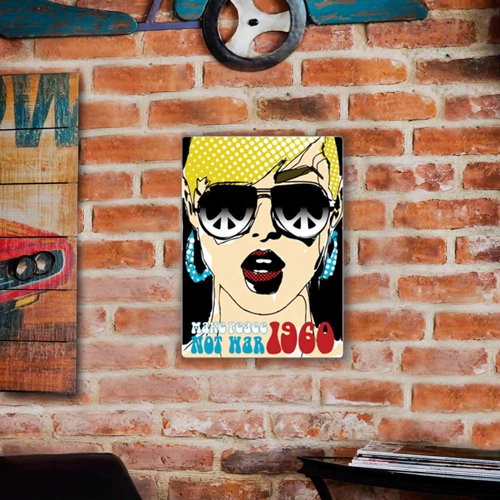 Placa Decorativa Pop Art 1960 Colorido Grande em Metal - 40x30 cm