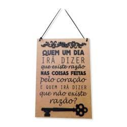 Placa Decorativa Quem Irá Dizer em MDF Cru com Apliques