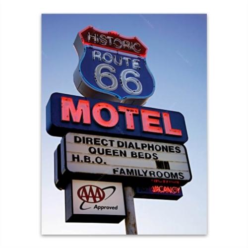 Placa Decorativa Route 66 Motel Média em Metal - 30x20 cm