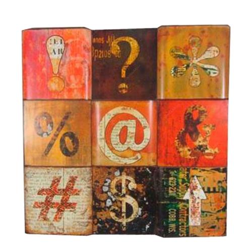 Placa Decorativa Símbolos em Metal - 76x76 cm