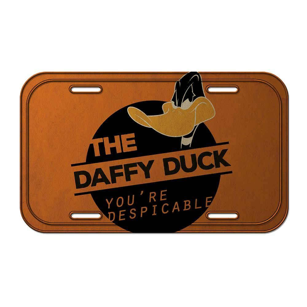Placa de Parede Looney Tunes Daffy Duck Despicable Laranja em Metal - Urban - 30x15 cm