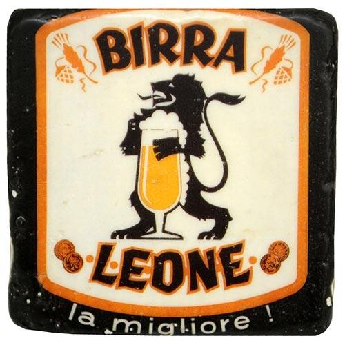 Porta-Copo Cerveja Birra Leone Branco/Preto em Resina - 10 cm
