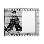 Porta-Retrato Chaplin Preto e Branco em MDF - 24x19 cm