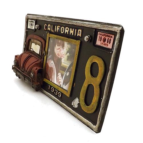 Porta-Retrato Fusca / Placa Califórnia Oldway Preto em Metal - 26x15 cm