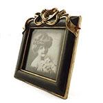 Porta Retrato Quadrado Pequeno Moldura com Laços Dourados