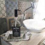 Porta Sabonete Líquido Garrafa Jack Daniel's Preto - 30x8 cm