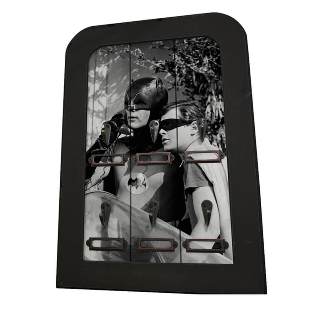 Porta-Chaves 6 Ganchos DC Comics Movie Batman and Robin em Madeira - Urban - 40x28 cm