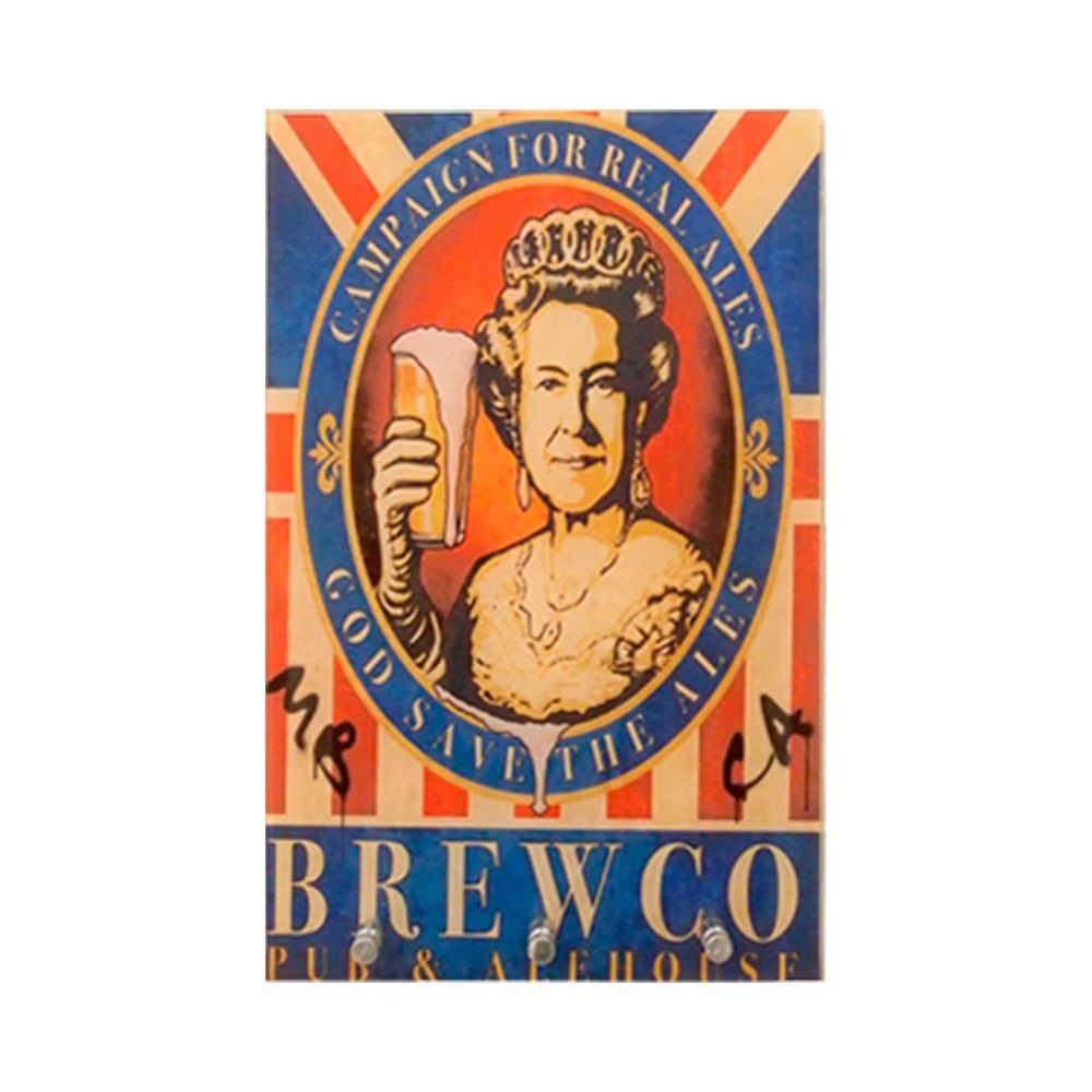 Porta-Chaves Rainha da Inglaterra com Copo de Cerveja - 3 Ganchos - em Vidro - 30x20 cm