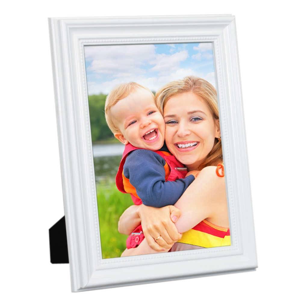 Porta-Retrato Branco - 20x30 cm - em Madeira Laqueada - 33x23 cm