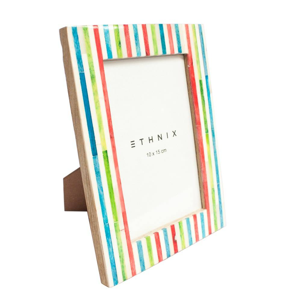 Porta-Retrato Colorful Stripes - Foto 10x15 cm - Multicolorido em Madeira - 20x15 cm