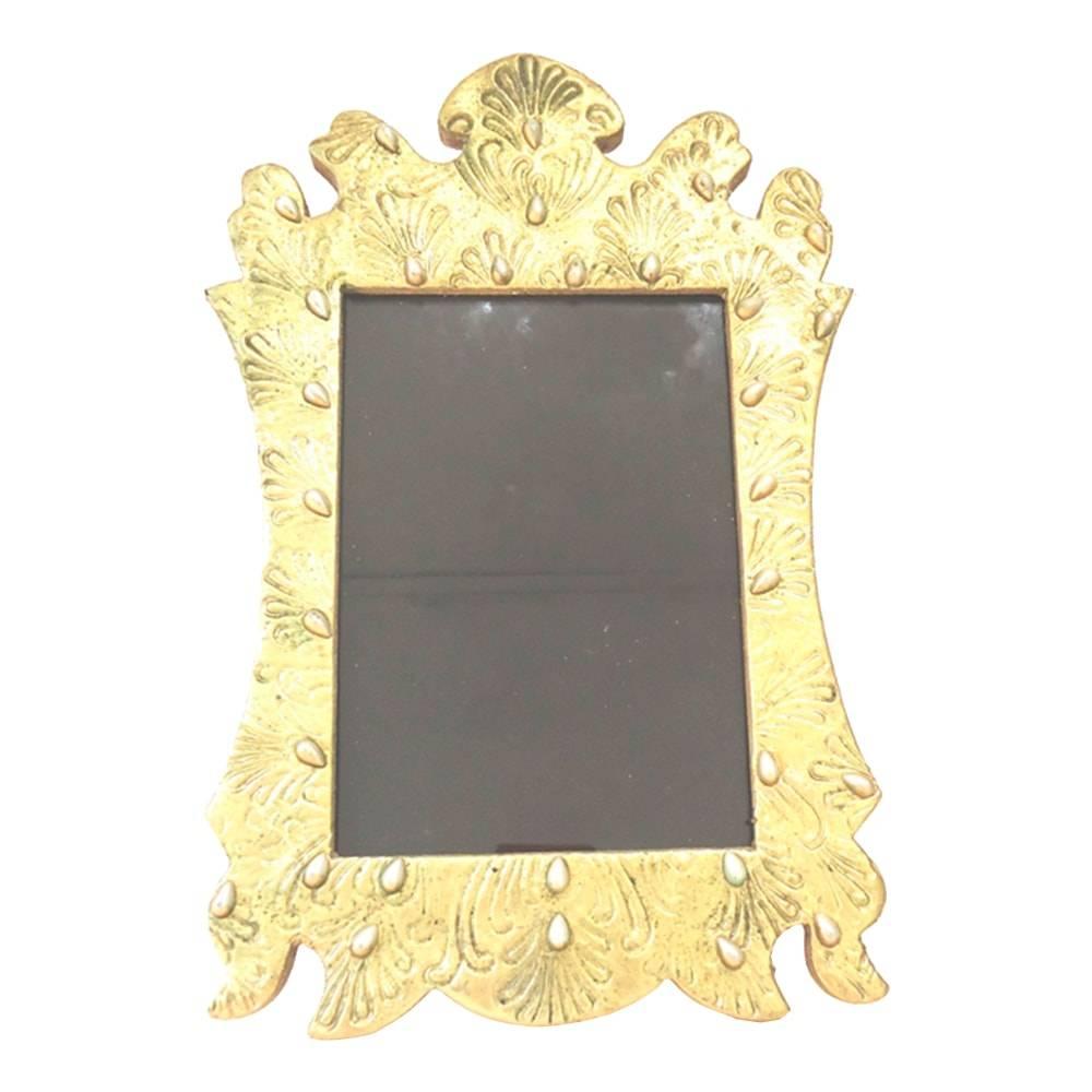 Porta-Retrato Indiano Pérolas Dourado em Madeira - 28x19 cm