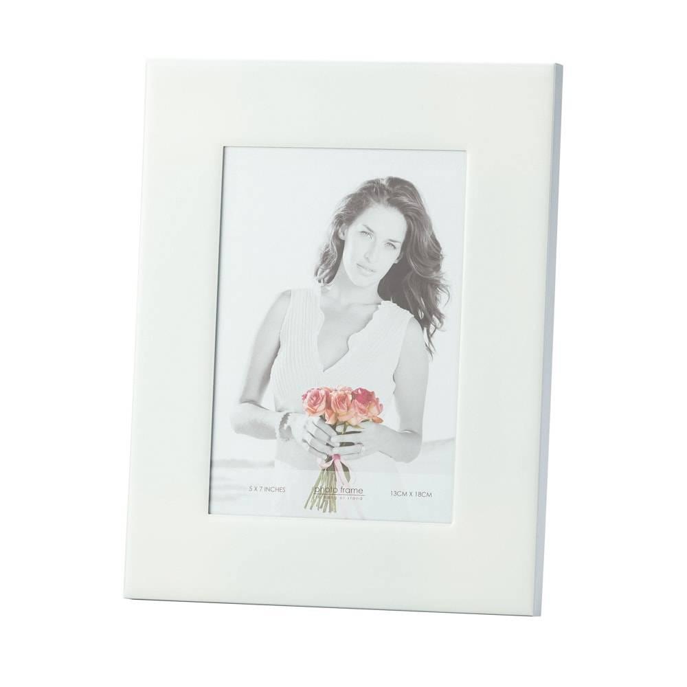 Porta-Retrato Lucie Branco em Ferro Esmaltado para Foto 20x25 cm - Lyor Classic - 33x28 cm