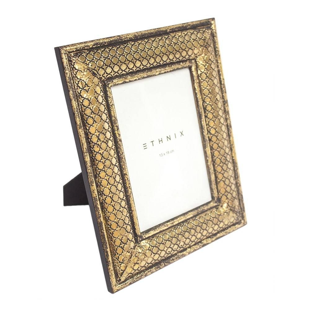 Porta-Retrato de Mesa Swift Dourado - Foto 13x18 cm - em Madeira - 29x25 cm