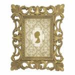 Porta-Retrato Moldura de Arabescos Dourado - Foto 10x15 - Em Poliresina - 25x20 cm