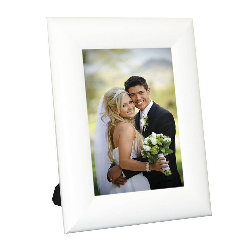 Porta-Retrato Moldura Arrendodada Branca - Foto 20x30 cm - Em MDF e Vidro - 34,5x24,5 cm