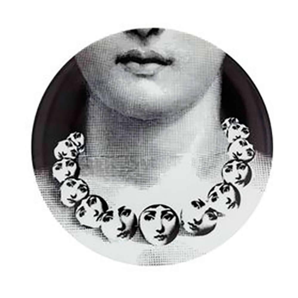 Prato Decorativo Colar de Pérolas - de Parede - em Porcelana - 20x20 cm