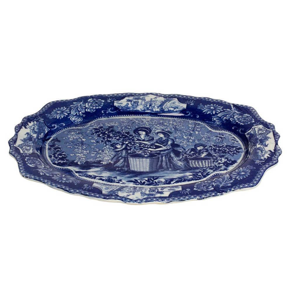 Prato de Parede Cena Inglesa Azul em Porcelana - 52x39 cm