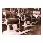 Quadro Decorativo Barbearia com 2 Cadeiras Antigas em Vidro
