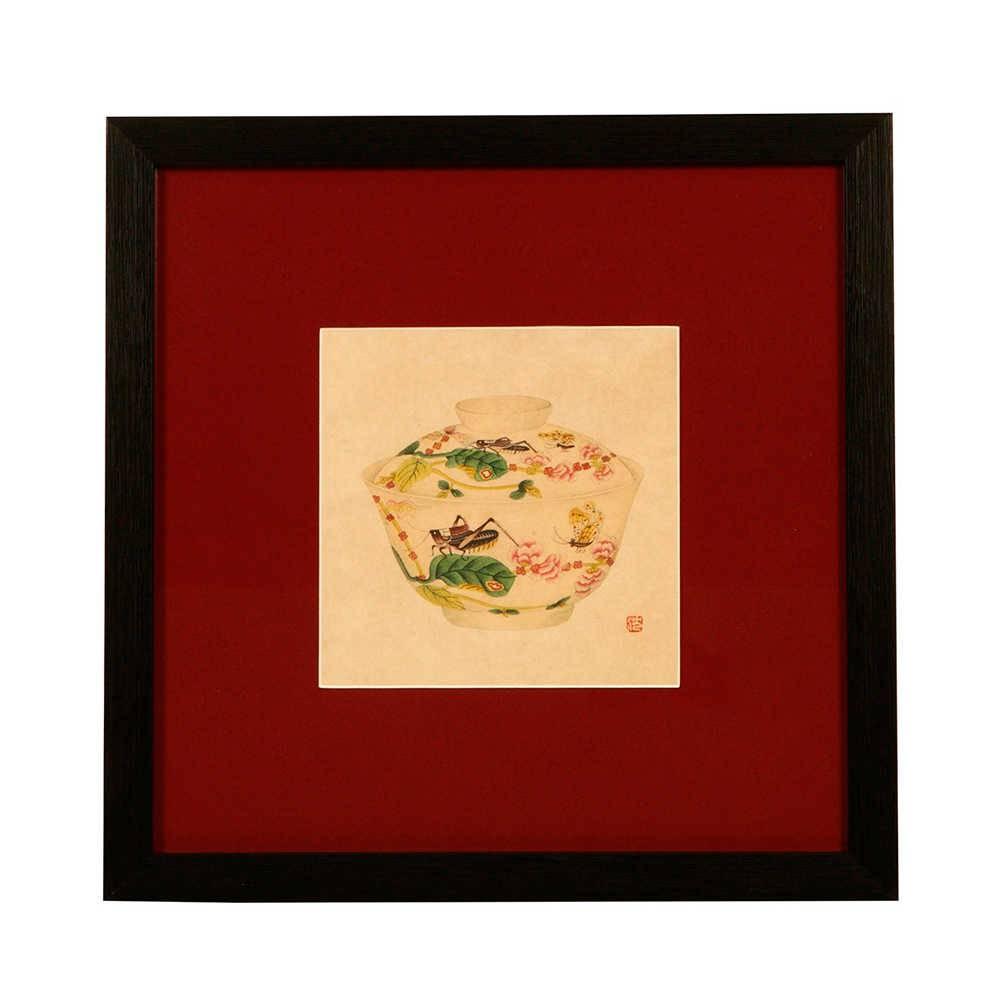 Quadro Decorativo Pote de Porcelana Fundo Vermelho em Madeira - 33x33 cm