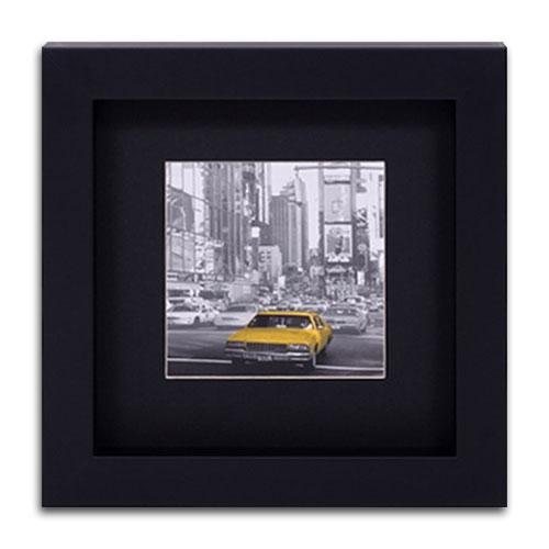 Quadro Decorativo Táxi Amarelo de New York em Madeira - 32x32 cm
