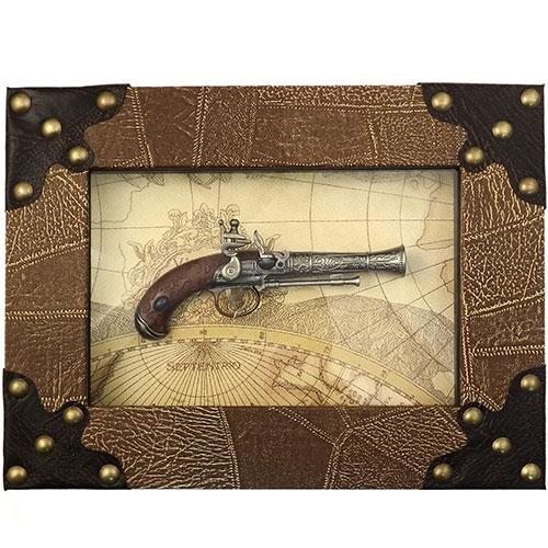 Quadro Réplica de  Arma Antiga -  Piratas (Cano trabalhado) - 40x30 cm