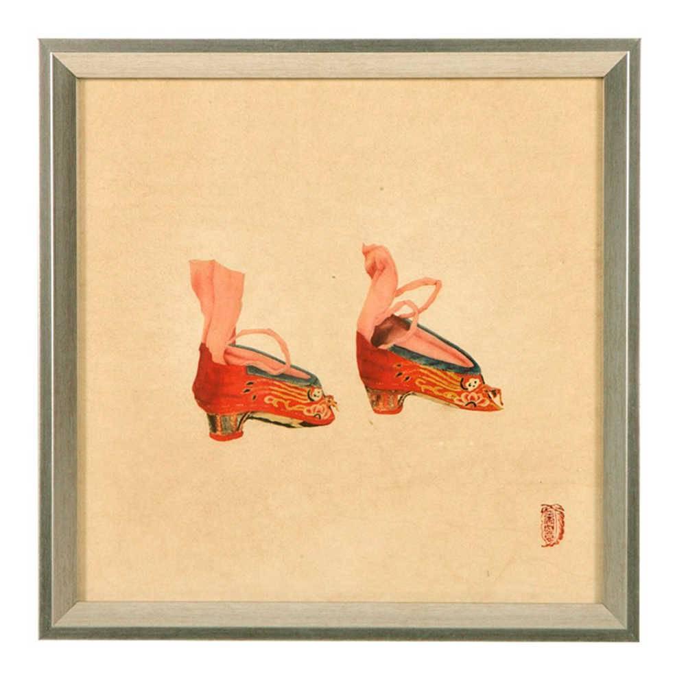 Quadro Sapatos Chineses Vermelhos em Madeira - 33x33 cm