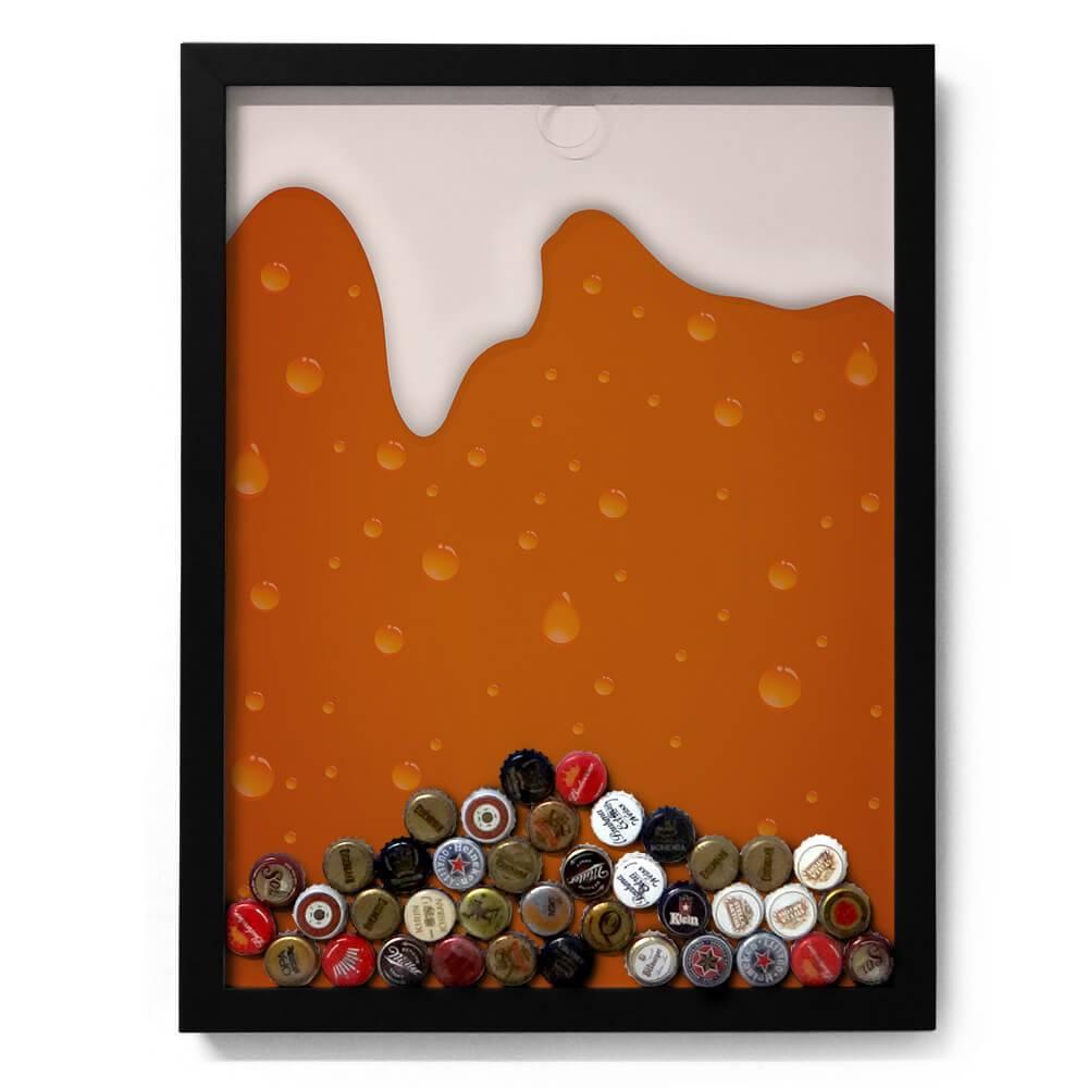 Quadro para Tampinhas Cerveja Escorrendo Fundo Laranja em Madeira - 49x37 cm