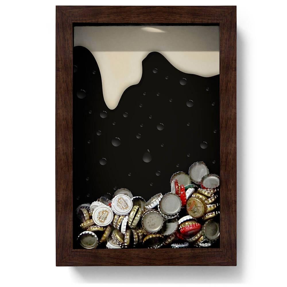 Quadro para Tampinhas Cerveja Escorrendo Preto/Branco em Madeira - 32x22 cm
