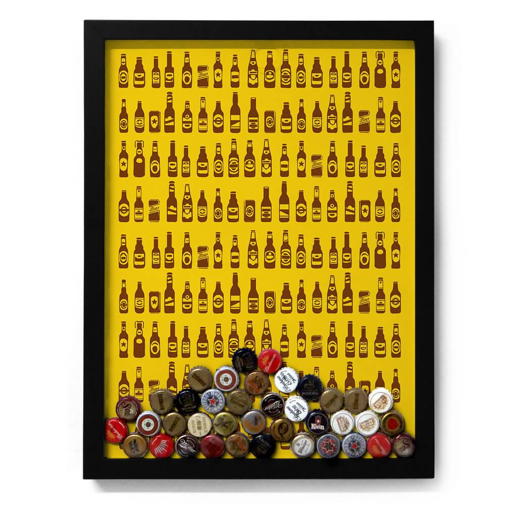 Quadro para Tampinhas Ilustração de Garrafas em Madeira - 49x37 cm