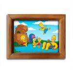 Quadro The Simpsons Relaxando com Moldura em Madeira - 26x20 cm