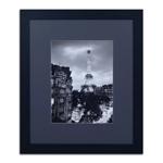 Quadro Vista para a Eiffel Fundo Preto em Madeira