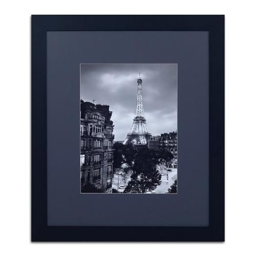Quadro Vista para a Eiffel Fundo Preto em Madeira - 137x117 cm