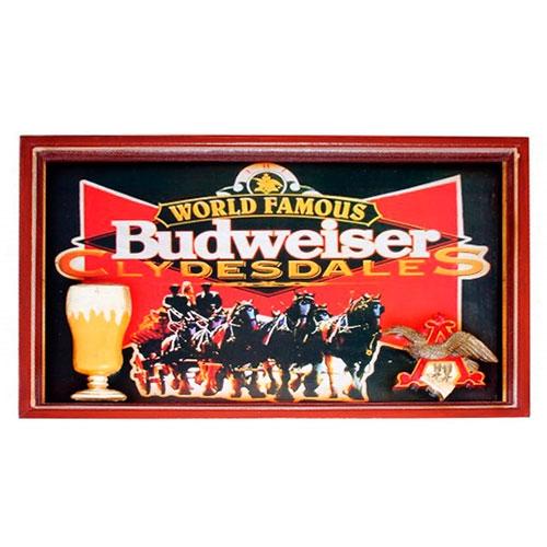 Quadro World Famous Budweiser em Madeira - 60x40 cm