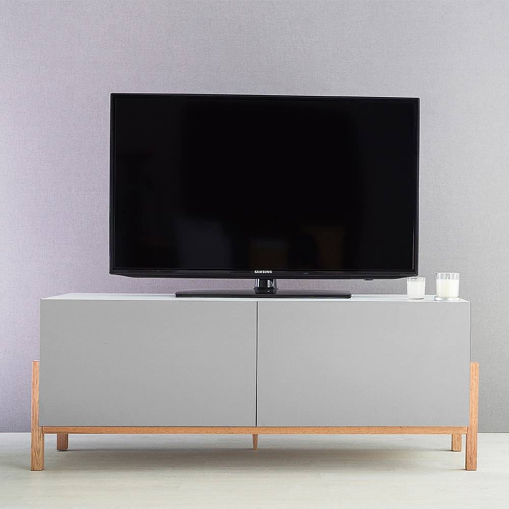 Rack para TV Eric 2 Portas Branco e Cinza em MDF - 126x48,5 cm