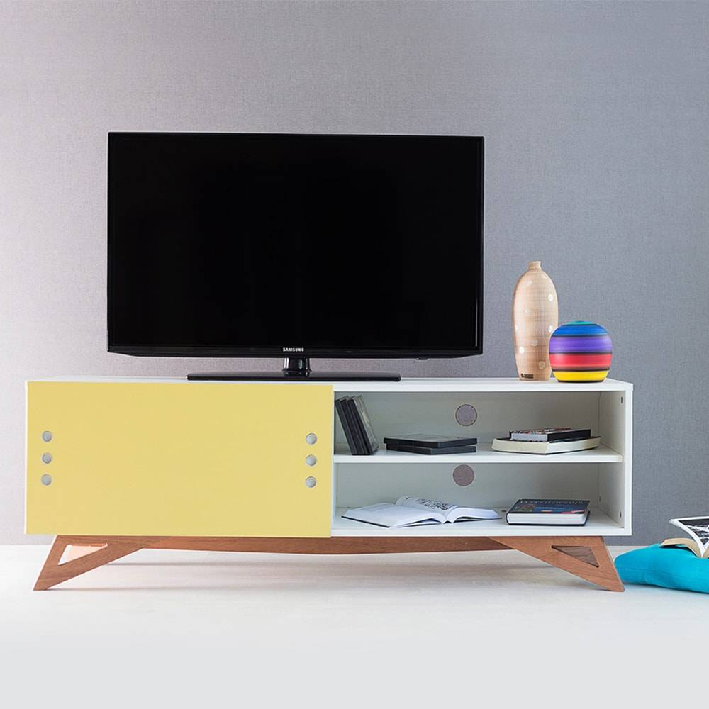 Rack para TV Freddie Branco com Porta de Correr Amarela em MDF - 140x48,5 cm