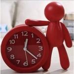 Relógio boneco lateral vermelho