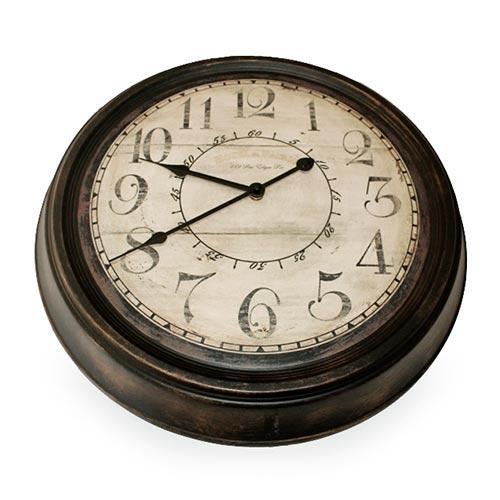 Relógio Classic Brown em Metal - 47 cm
