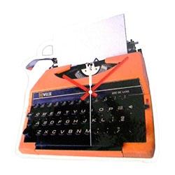 Relógio Máquina de Escrever em Polipropileno