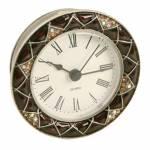 Relógio de Mesa Venet em Metal e Resina com Pedrarias 9x9 cm