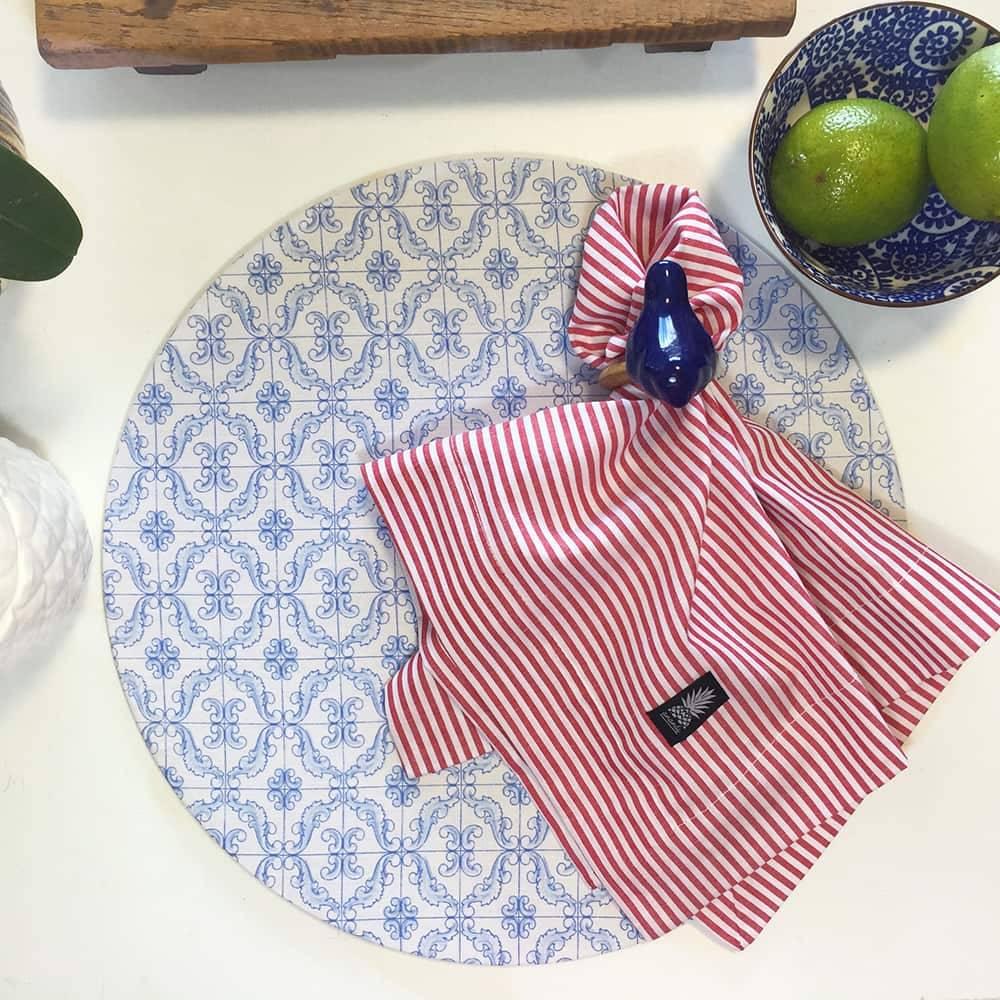 Sousplat Azulejo Português Azul e Branco em MDF com Proteção em Tecido - 35 cm