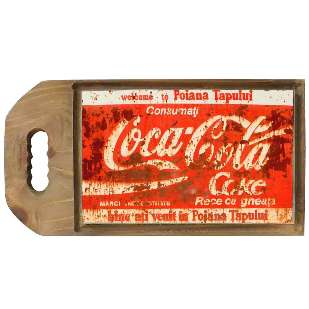Tábua para Corte Coca-Cola Efeito Ferrugem em Madeira - 42,5x23 cm