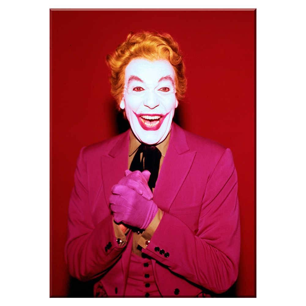 Tela Movie Joker Laughing Fundo Vermelho em Madeira - Urban - 70x50 cm