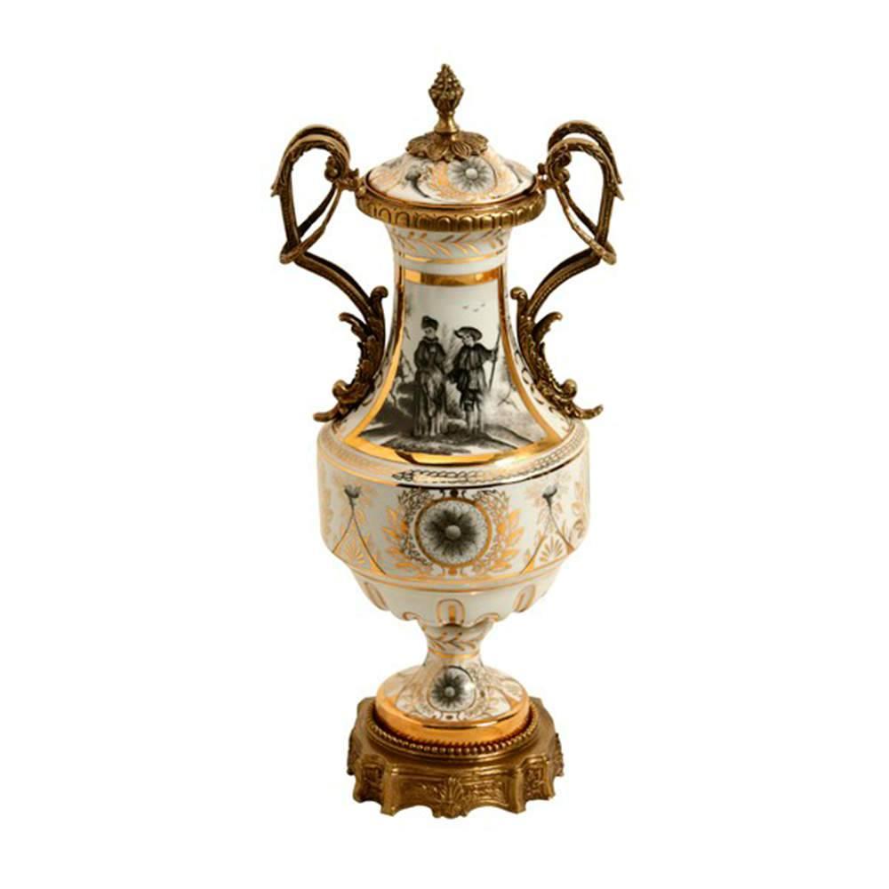 Vaso Estampado com Detalhe Dourado em Porcelana - 37x16 cm