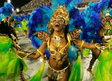 Encontrar pareja en Carnaval