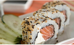 Sushi all salmón 55% - Groupon