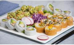 Combinado de 24 a 64 piezas de sushi para delivery o take away - Groupon